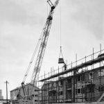 25t Coles crane loading bricks