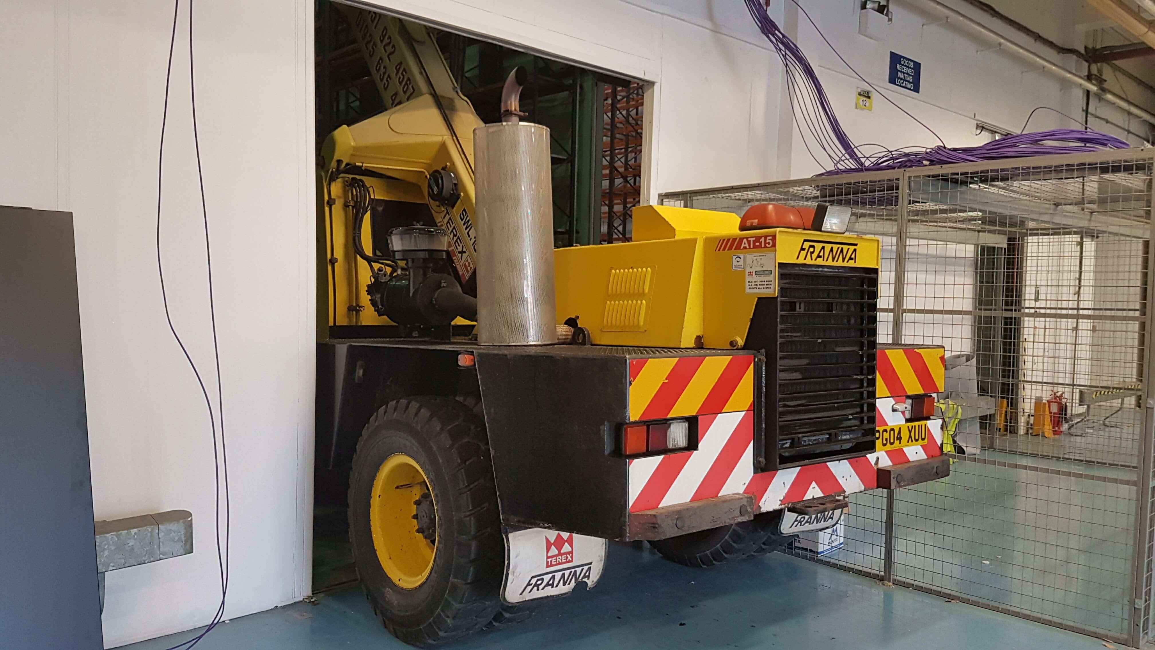 Roadcraft Crane Hire - Franna 15T