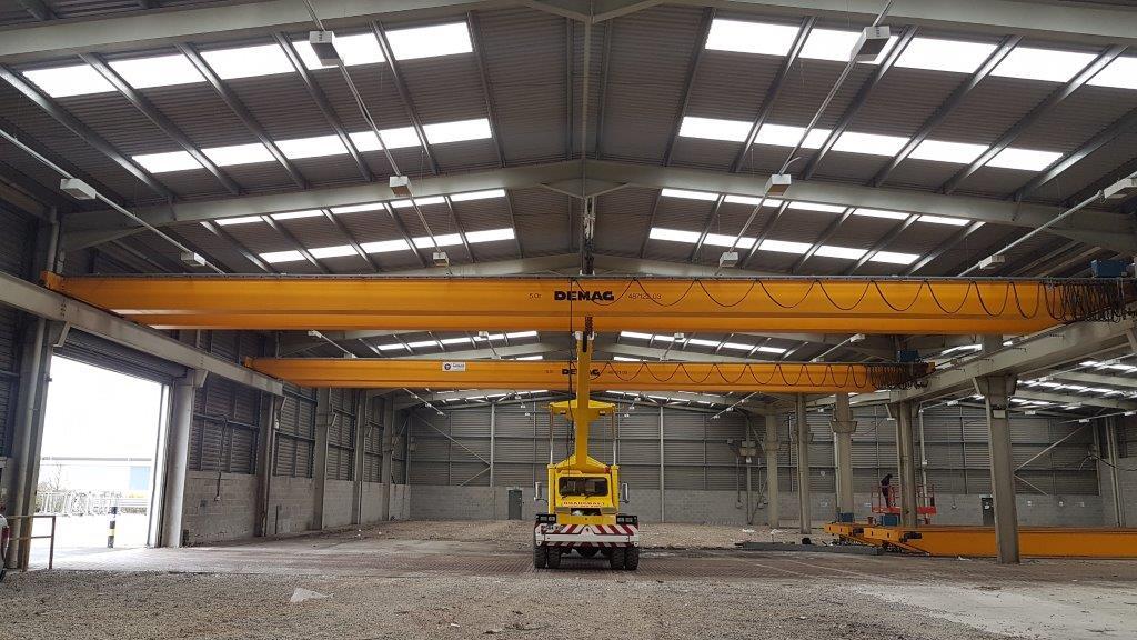 Roadcraft Crane Hire - Franna Lifting 25M overhead cranes